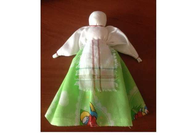 Народная пасхальная кукла голубка