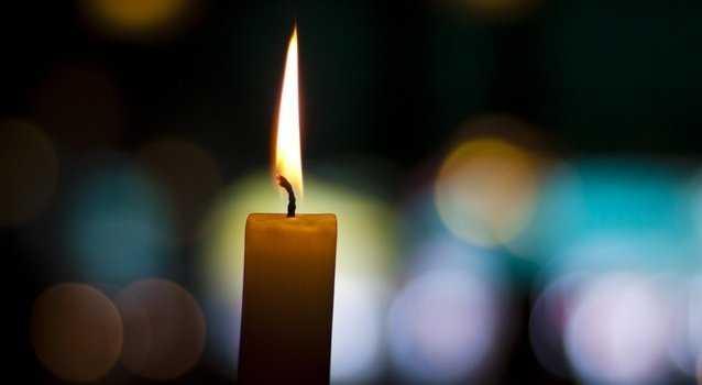 Очистить квартиру церковной свечой
