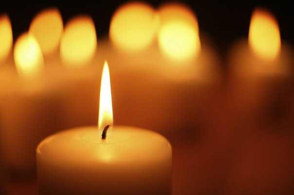 Свеча лечит и очищает