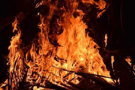 Использование огня при отвороте отсвекрови