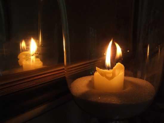 Зеркало и свеча
