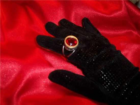 Заговор на рубиновое кольцо