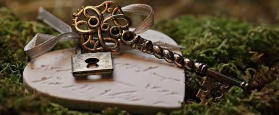 Заговор «Ключ-Замок» от бессонницы