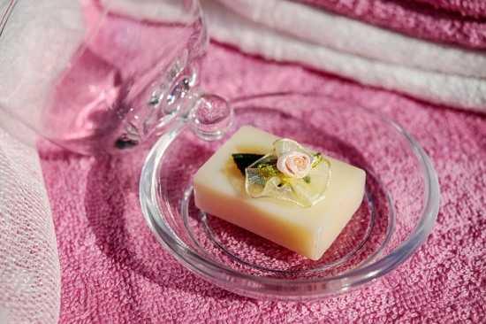 Мыло в блюдце