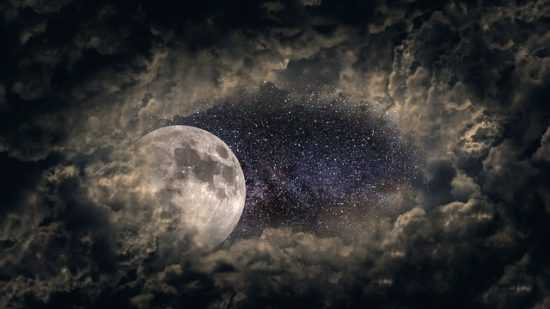 Заговариваем беременность на луну