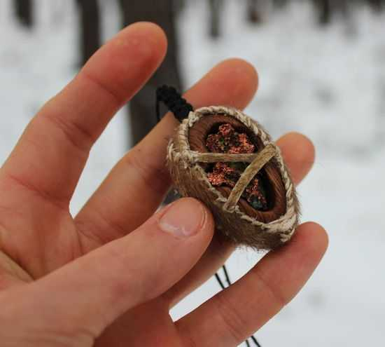 amulet-iz-duba
