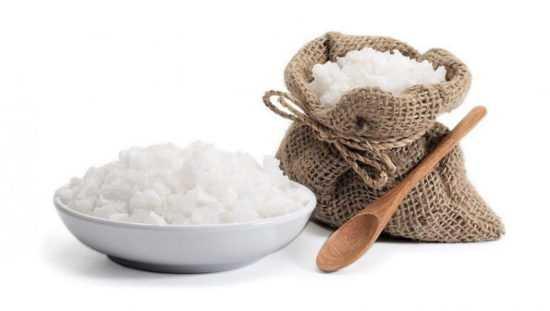 Соль в блюдце