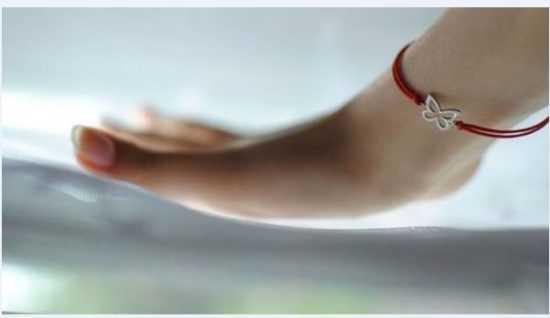 Можно ли снимать красный нитяной оберег с запястья