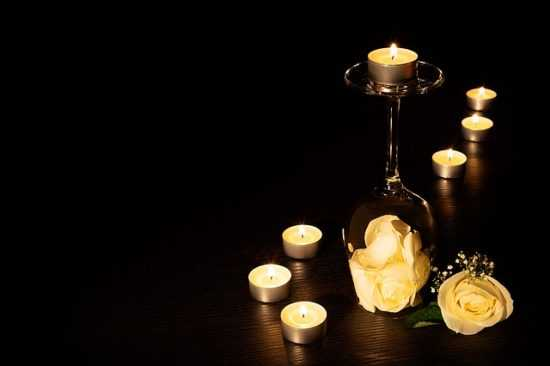 Заговор на денежное дерево на 7 свечей