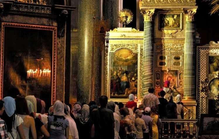 Казанская в Казанском соборе Санкт- Петербурга
