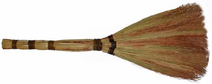 Веник для проведения ритуала очищения дома