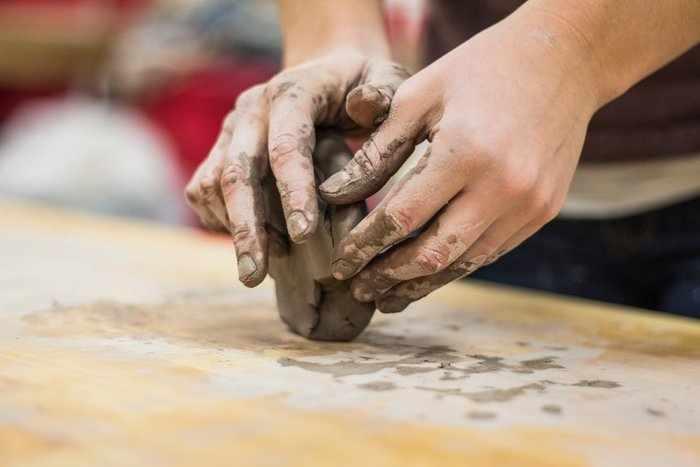 Изготовление талисмана из глины