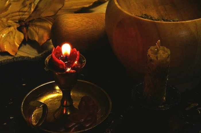 Ритуал на снятие порчи в течение восьми дней
